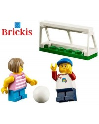 LEGO® minifigures 2 children play soccer football + accessories