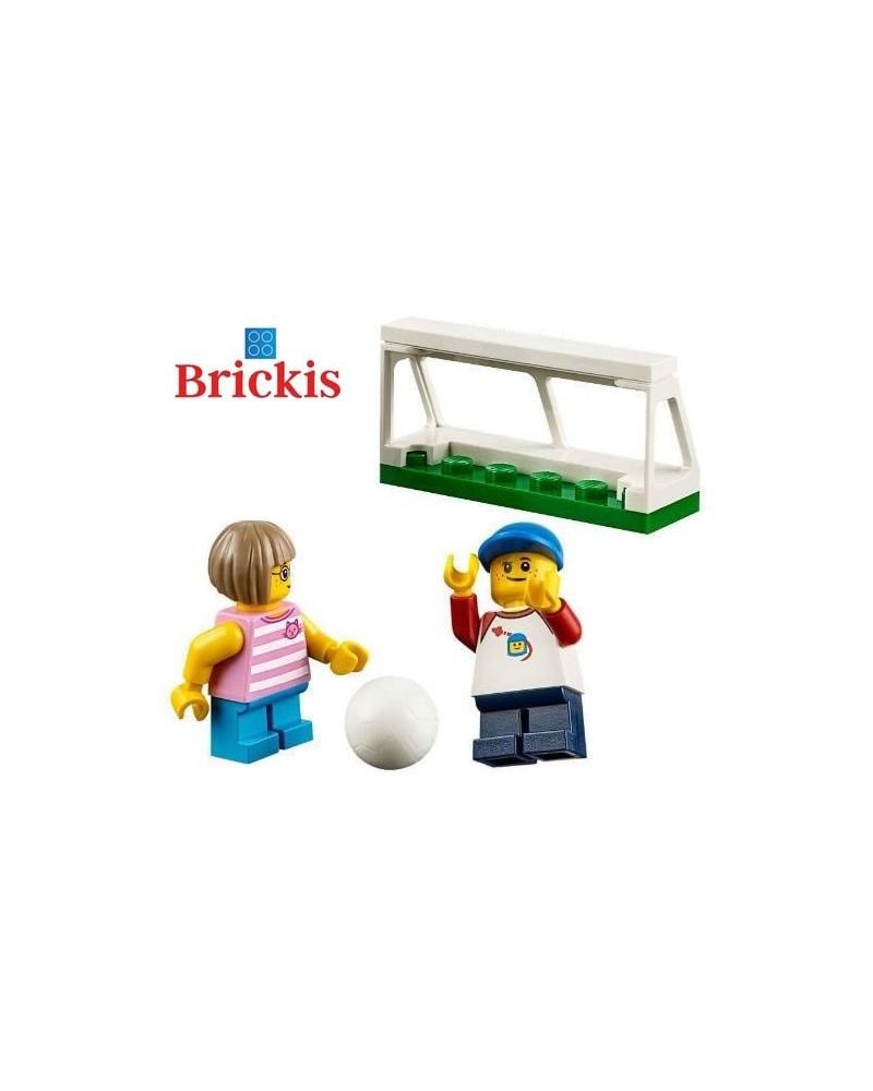 LEGO® Minifigures 2 enfants jouent au football + accessoires