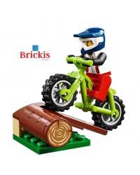 LEGO® MOUNTAINBIKER minifiguur + FIETS + boomstam