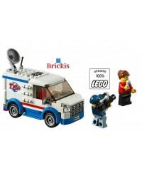 LEGO® TV Nieuws Truck Van + 2 minifiguren